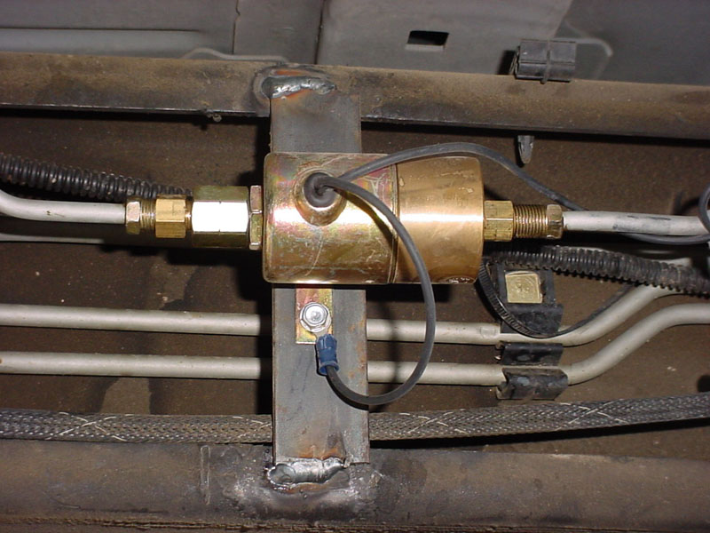 1995 Cadillac Deville Flasher Location furthermore 96 Chevy Blazer Rear Wiper Wiring Diagram moreover P 0996b43f80376098 together with Kelsey Hayes Abs Module Silverado in addition Chevy Silverado Center Console. on 2002 chevy silverado brake diagram